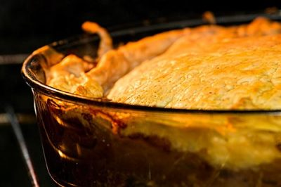 Meat pie cooking